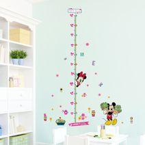 Nálepky na stěnu - Minnie a Mickey v zahradě