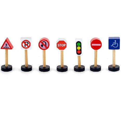 Dřevěné dopravní značky