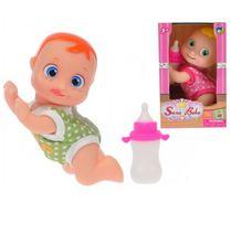 Klečící miminko s velkýma očima